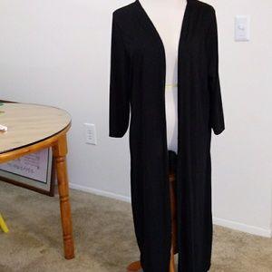 Tops - Long open tee shirt. 4X black
